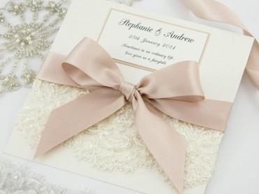 Einladungskarte zur Hochzeit Vintage